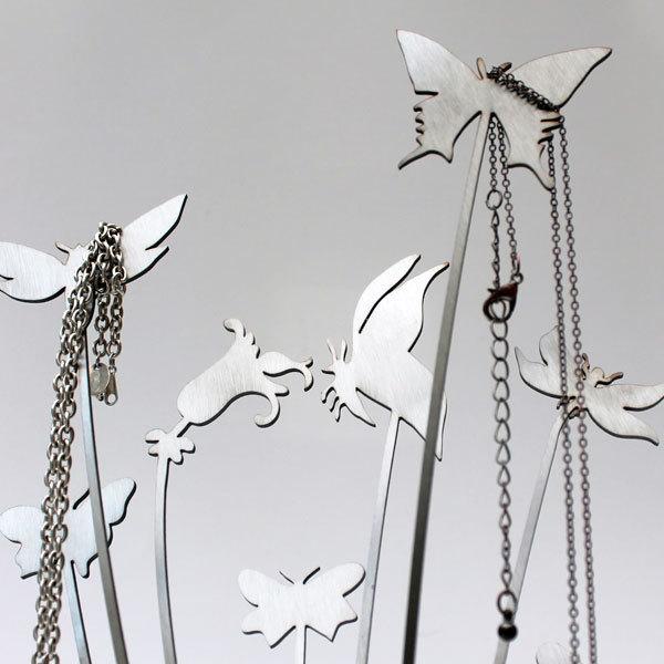 porte bijoux original et design papillons arbre bijoux cadeau. Black Bedroom Furniture Sets. Home Design Ideas