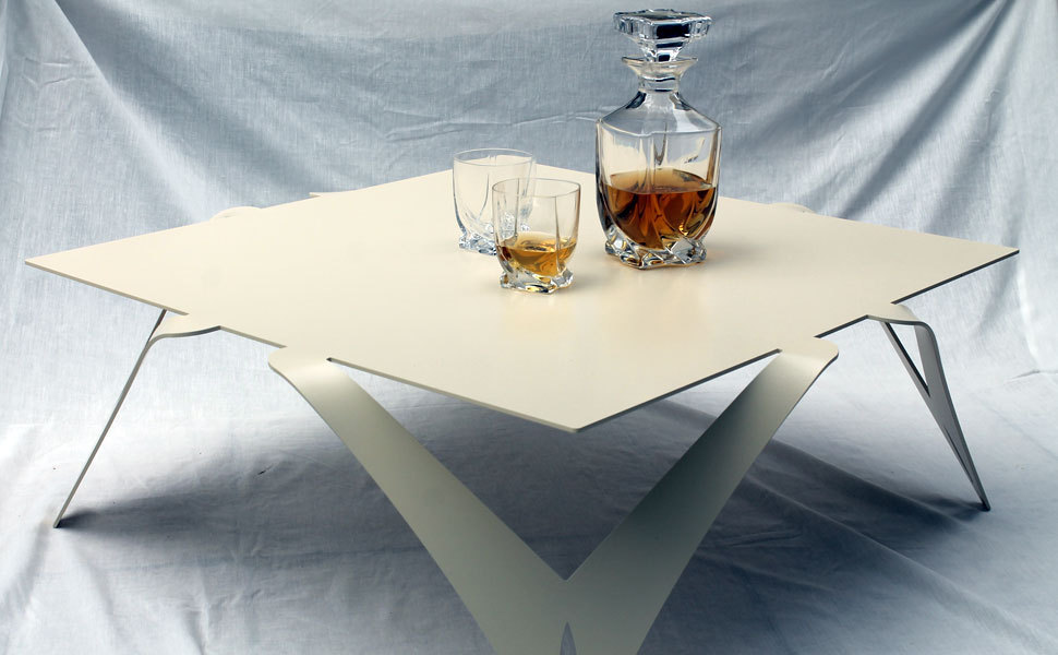 Table basse blanc divoire for Table blanche carree