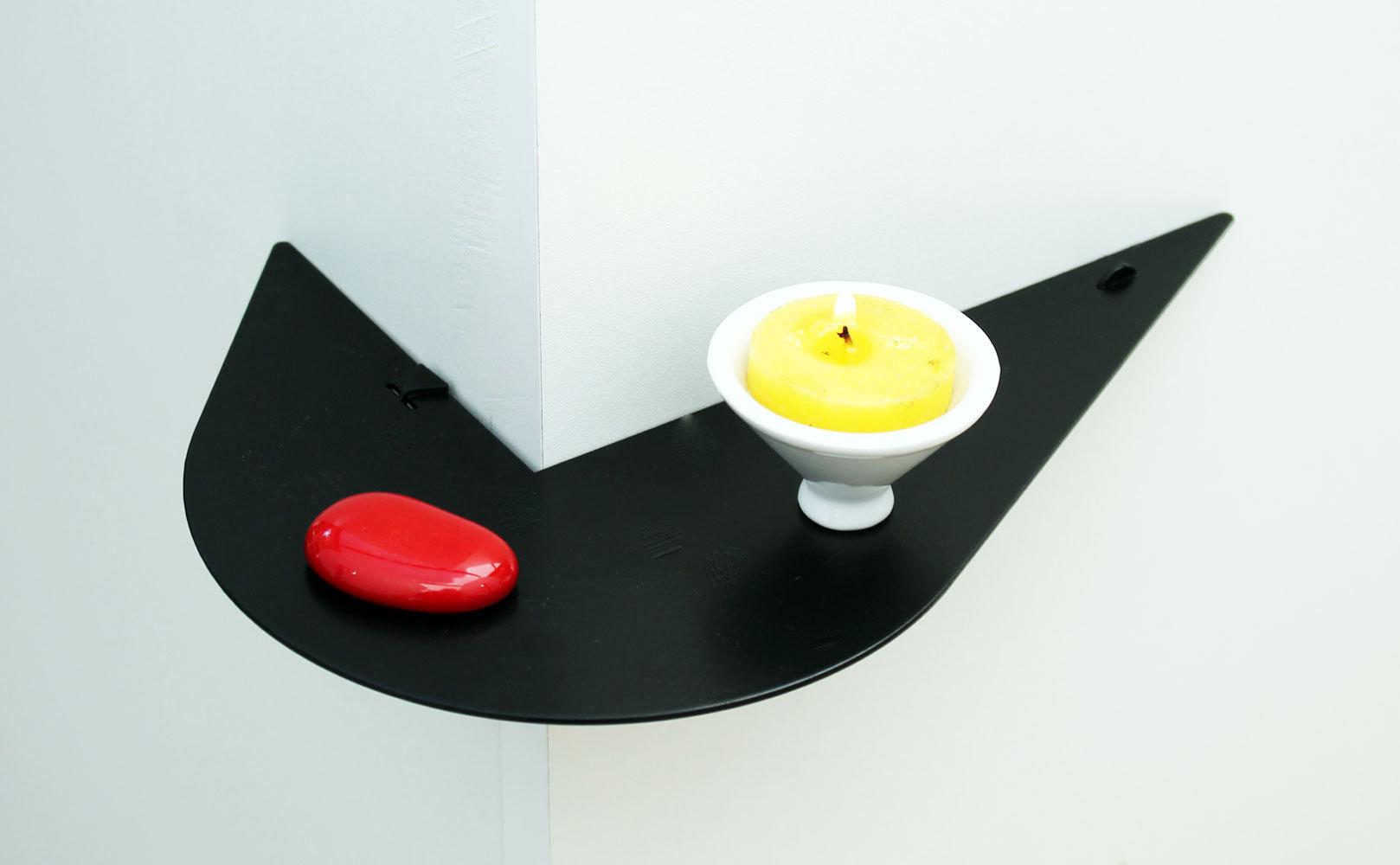 etag re murale d 39 angle zell noire tag re d 39 angle moderne. Black Bedroom Furniture Sets. Home Design Ideas