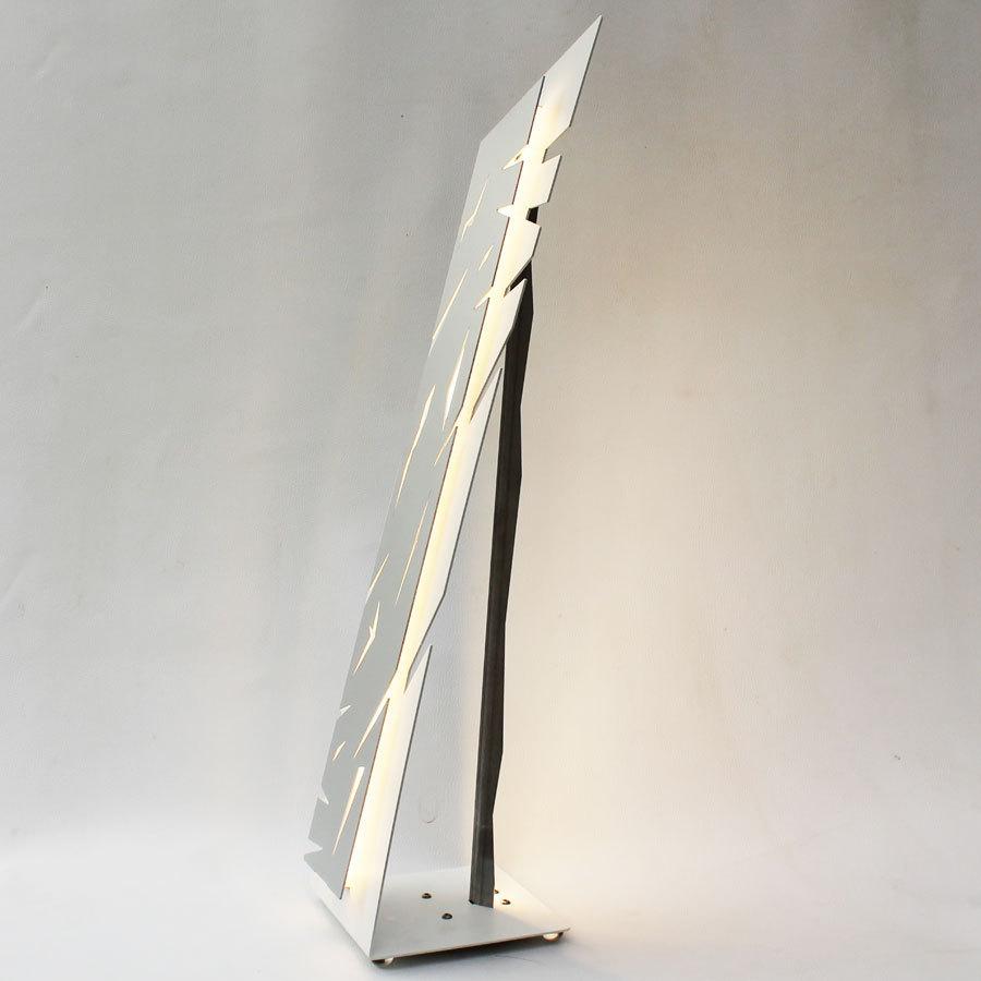 lampe poser design lampe led salon blanche aluminium. Black Bedroom Furniture Sets. Home Design Ideas